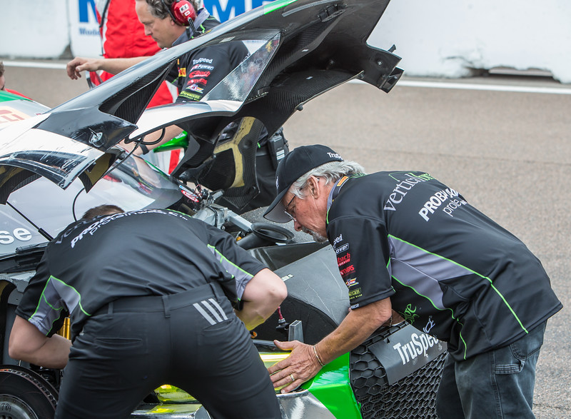 TruSpeed Team assesses front end damage to their Audi R8