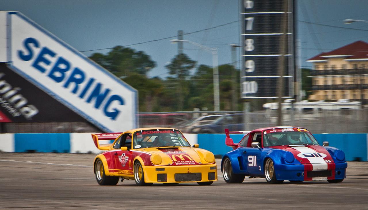 1986 Porsche 930 vs. 1971 Porsche RSR