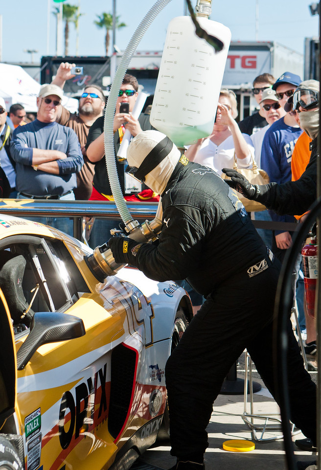 Fueling Oryx Racing Audi R8 Grand-Am