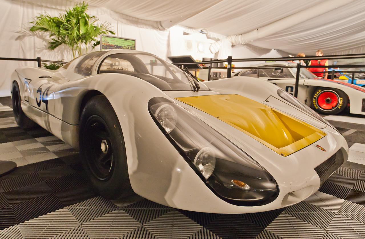 1968 Porsche 907 -- Elford/Hermann/Neerpasch/Siffert/Stommelen