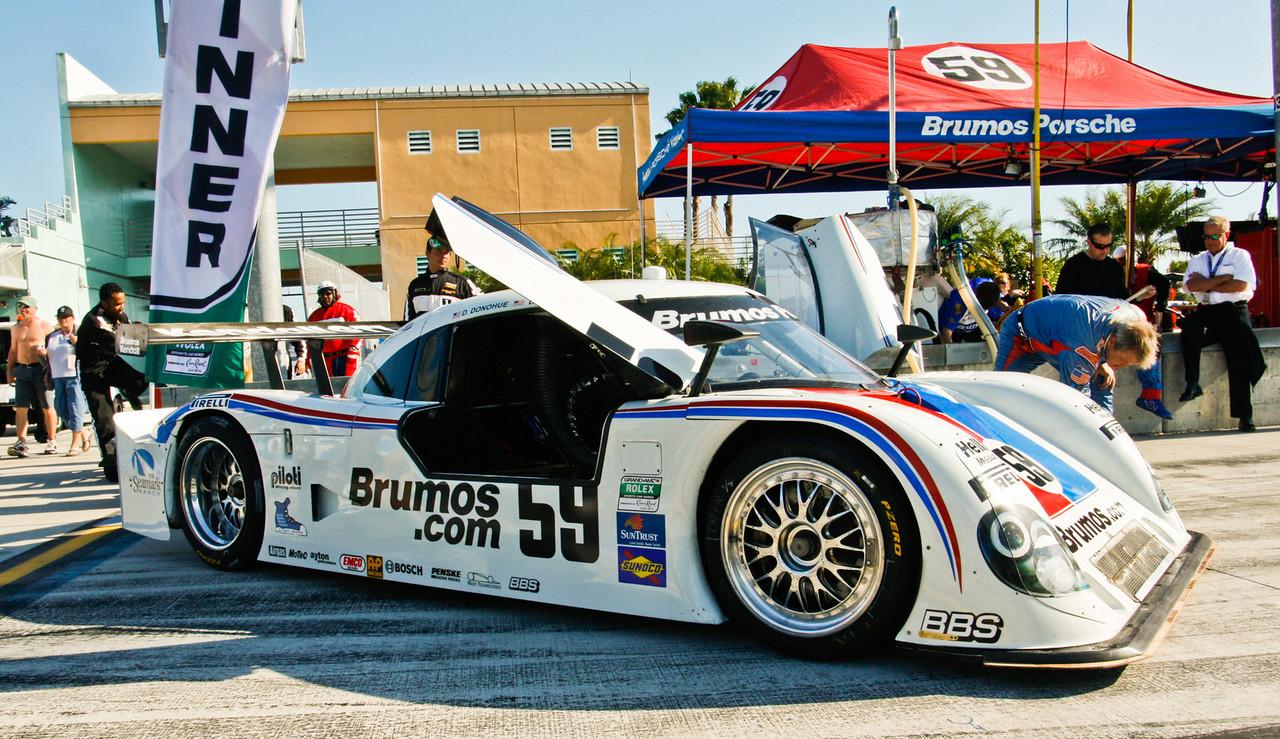 Brumos Porsche Reily on Grid