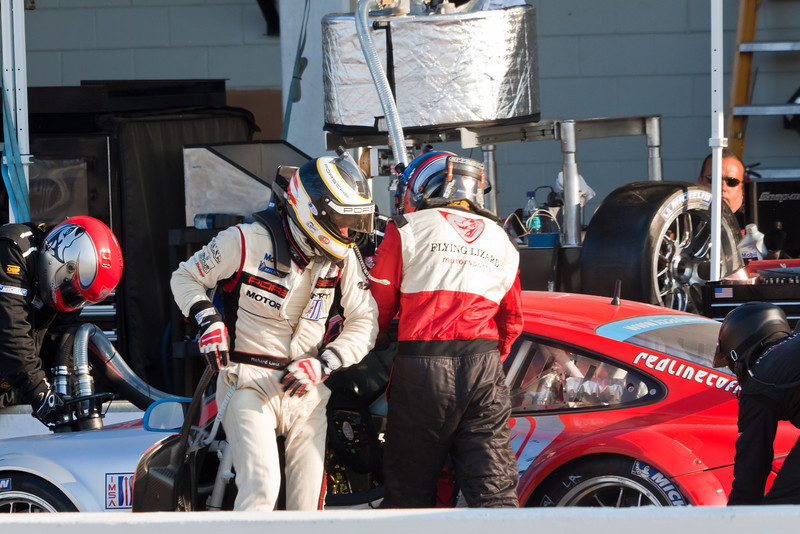 Leitz and Law exchange during Flying Lizards stop