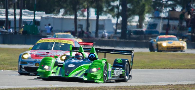 Flying Lizards Porsche GT3RSR and Patron Hycroft Acura HPD ARX-01c