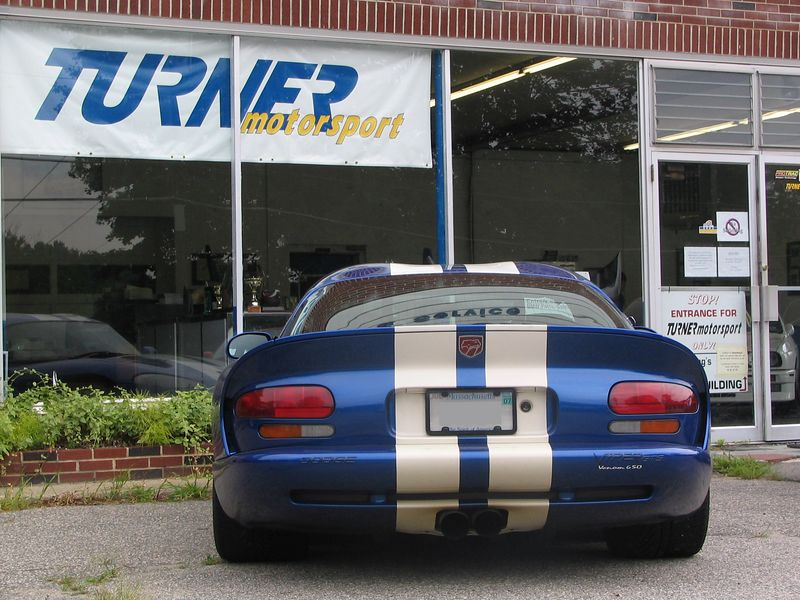 Dodge Viper with Hennessey Venom 650 package