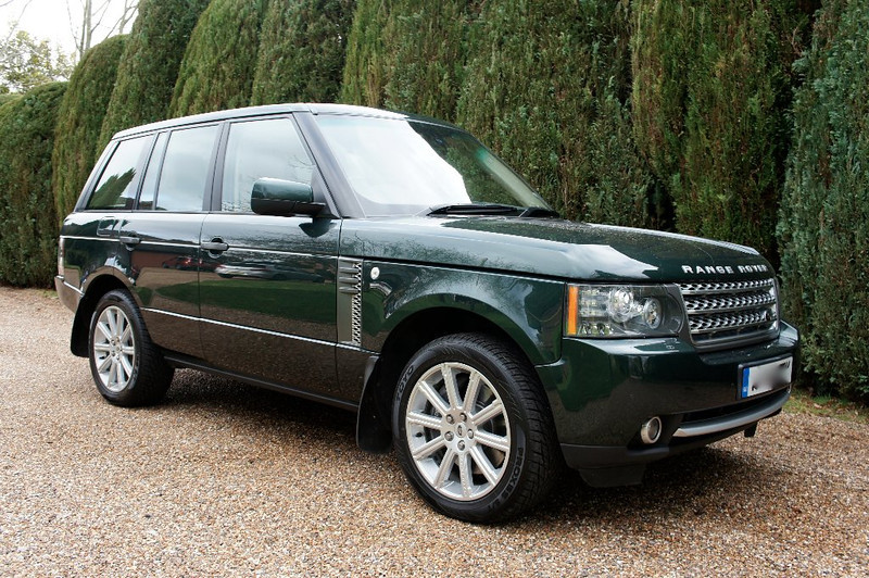 The new Range Rover, a 5.0 Supercharged Autobiography, Model Year 2010.
