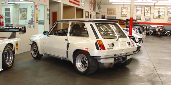 R5 Turbo 2 white