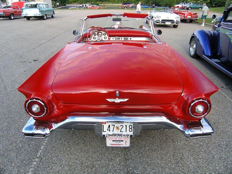 1957 Ford Thunderbird (p8070435.jpg)
