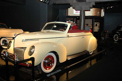 1939 Mercury Series 99A Sport Convertible.