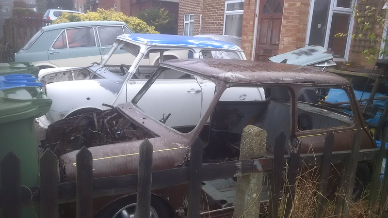February 2017.  Wheras I suspect this mid 1970s Mini has been raided for parts, leaving just the corroded shell.