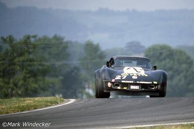 GT1-Wayne Holmok Corvette
