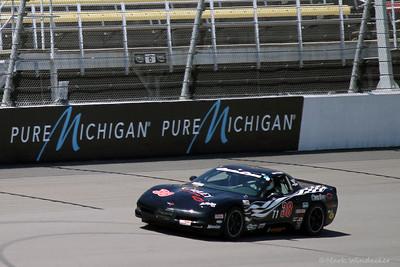 10 3-T1 Robert Pfeffer Corvette