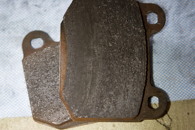 Rear Carbotech XP 10 pads, saw some strange/different wear on the one on top.