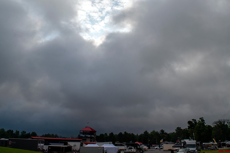 """A week or so before we left for Ohio, the weather looked clear, but days before it was 75+% chance of thunderstorms. <br /> <br /> Weak minds suggested not going; Gayle pointed out we had told everyone we were. <br /> <br /> As Shelly Berman pointed out in another context, """"What it comes down to is you'd rather die than make an ass of yourself."""""""