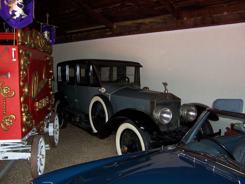 Sarasota Classic Car Museum - SILVERPLATE1945