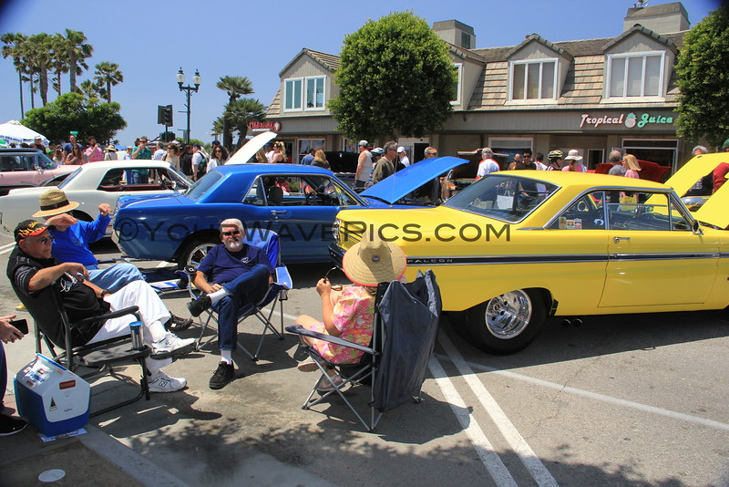 2016-04-30_Seal Beach Car Show_Falcon_Mustangs_2164.JPG