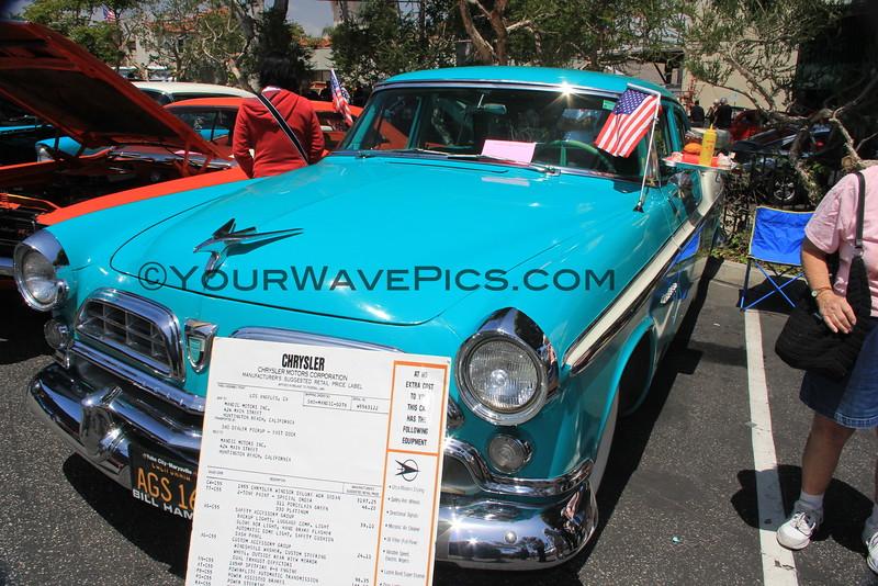 2016-04-30_Seal Beach Car Show_1955 Chrysler Windsor_2155.JPG