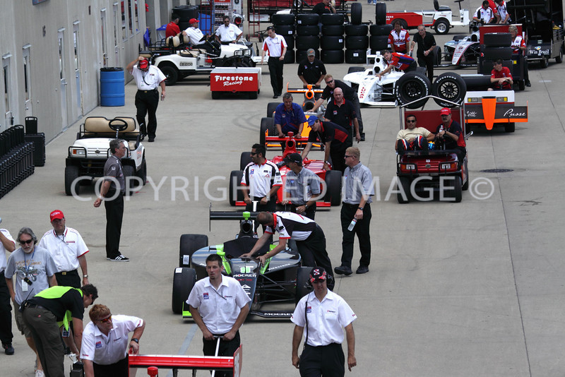 The 2009 Indy Lights get ready to run ...
