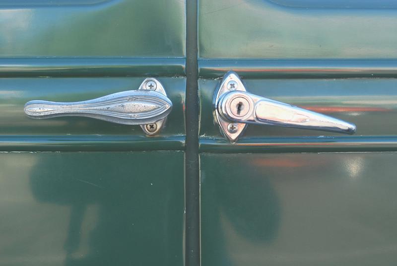 Studebaker 5_31_2010 28 President FH door handles2