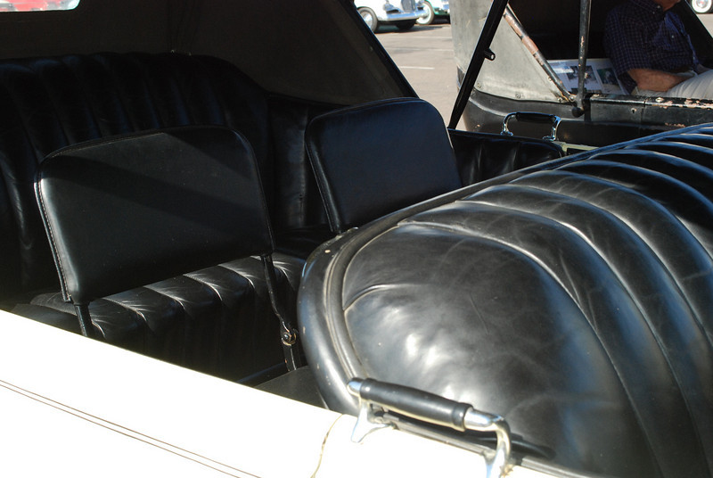 Studebaker 5_31_2010 23 Big 6 Touring interior rr