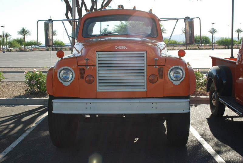 Studebaker 5_31_2010 truck tractor front