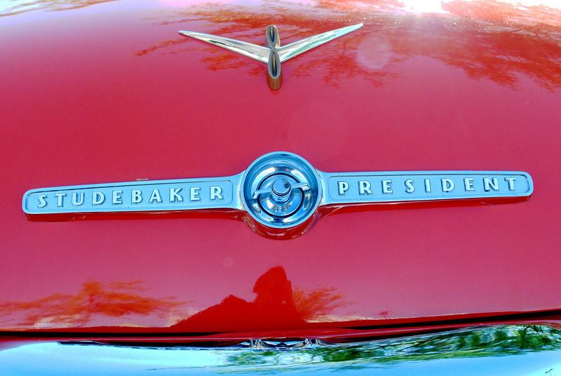 Studebaker 5_31_2010 55 President trunk emblem