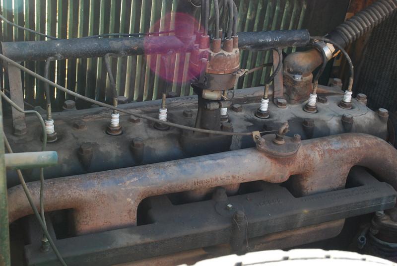 Studebaker 5_31_2010 28 President FH engine side lf