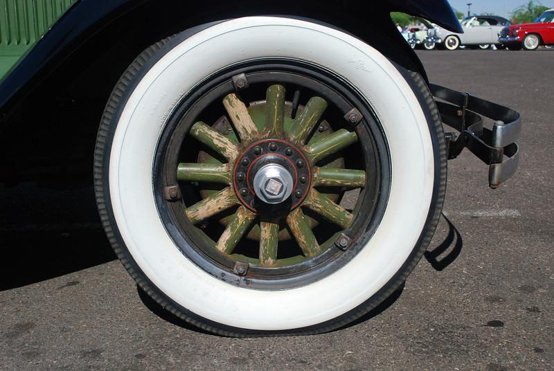 Studebaker 6_3_10 28 Regal Commander wheel