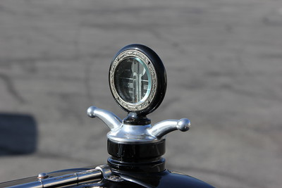1922 Stutz Bearcat K (DH) radiator ornament / water gauge