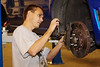 Tommy TCHWRX presser stempler ud med Setrights stempelpressedingenotapparat