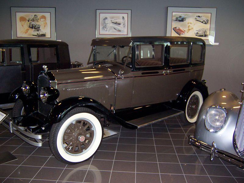 1928 Willys Knight (Model 56)