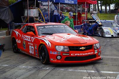 Banner Racing-Camaro GT.R
