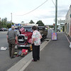 Campbell Town - Wayne Henry and Victorian Club Members give a helping hand on Elaine's Model A