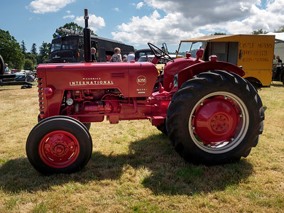 McCormick International B250 Diesel Tractor