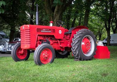 McCormick International B275 Tractor