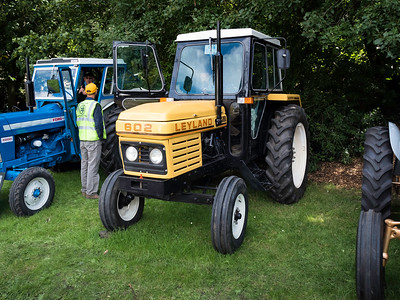 Leyland 602 Tractor