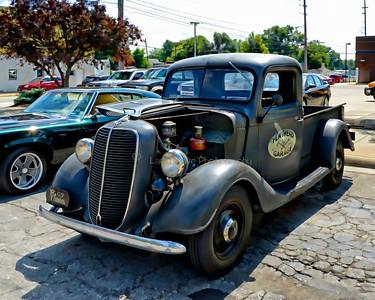 1937 Ford Flathead V8