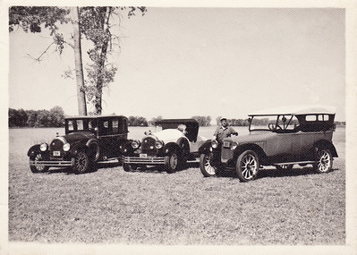 This group shot features Virgil's 1919 Kissel Brougham (left), 1925 Kissel Gold Bug (center), and I believe a 1912 Chalmers Six (right). All were restored by Virgil. The Chalmers was painted red with black trim. The Chalmers Motor Car Company was located in Detroit, Michigan. All cars had wood spoked wheeels.
