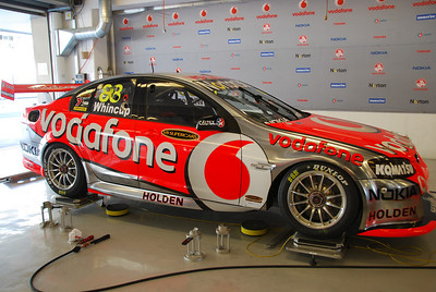 Jamie Whincup's car being balanced pre-race.
