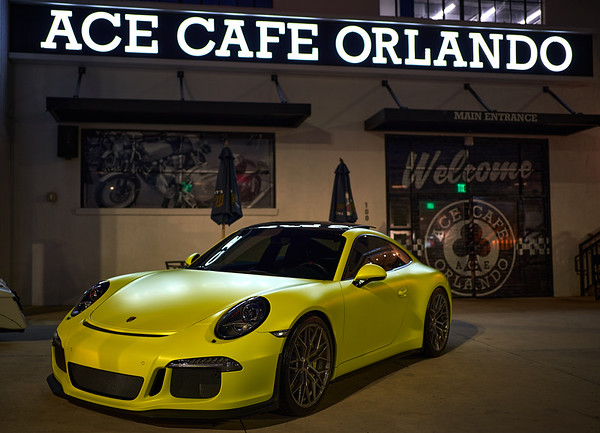 Porsche 911 S in Yellow Lime