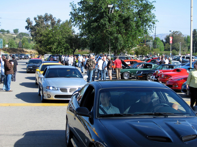 SCGC CARS ARRIVE AT WOODLAND HILLS COFFEE ROASTERS.