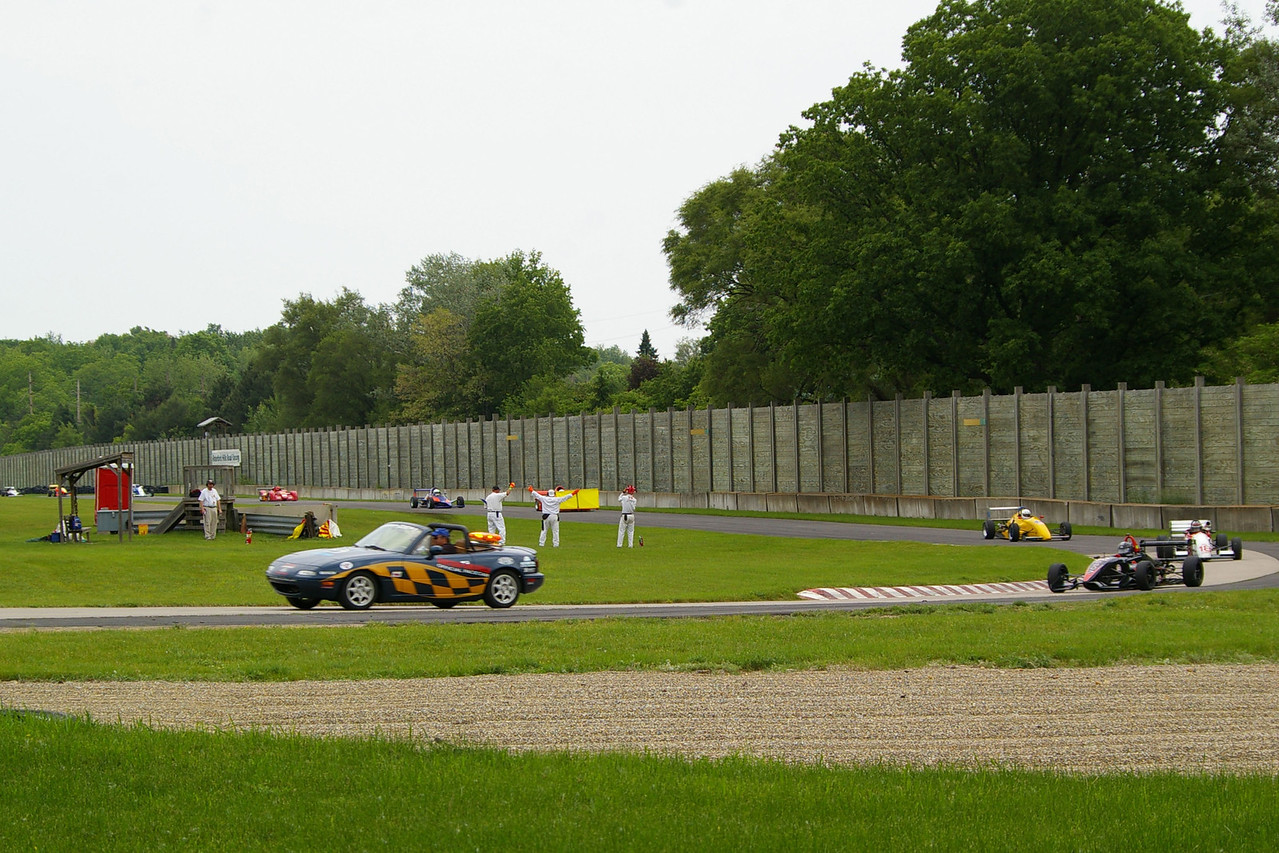 GROUP #4 QUALIFYING RACE