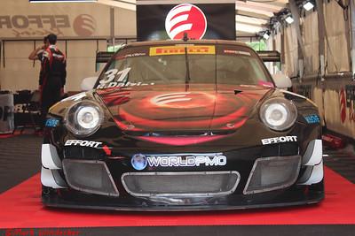 EFFORT Racing/ World PMO Porsche 911 GT3R