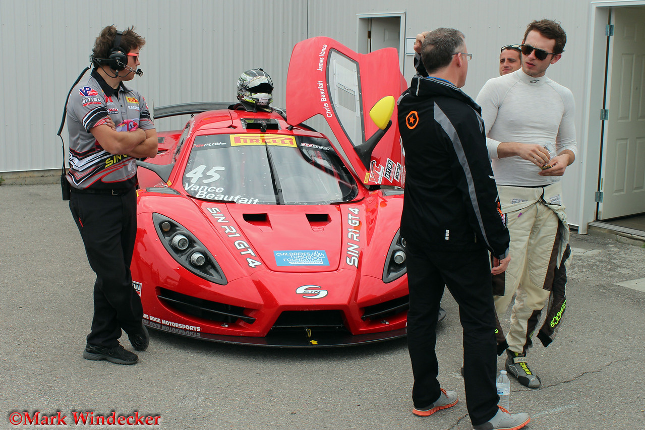 Racers Edge Motorsports /SIN R1 GT4