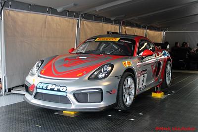 FlyingLizardMotorsports PorscheCaymanGT4ClubsportMR
