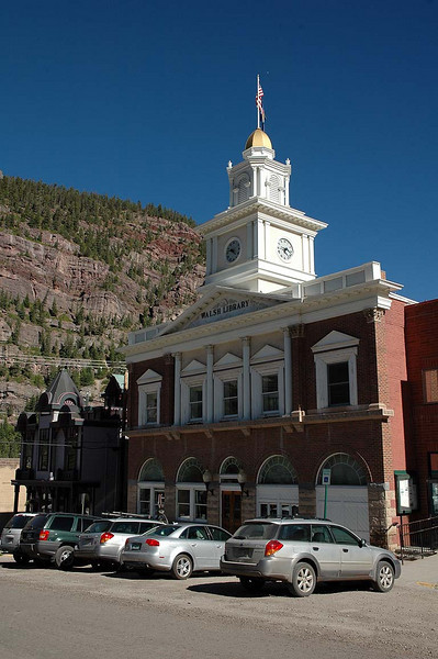 The town of Ouray is situated right in the heart of the mountains.
