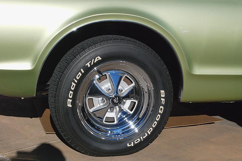 Mercury 1976 Cougar XR-7 styled wheel