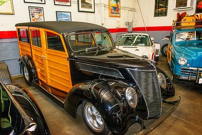 Ford 1937 Woody Wagon