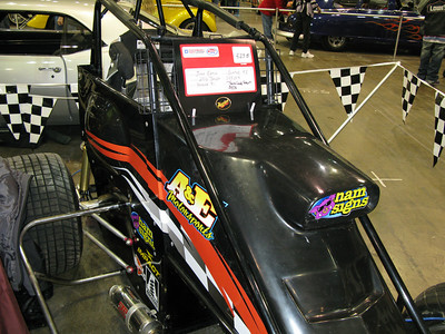 My friend, John's sprint car.  This is chain-driven and has a Yamaha YZF-R1 engine in it.