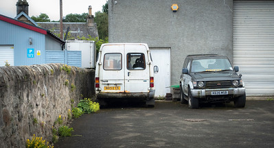 1996 Ford Transit and 1992 Mitsubishi Shogun/Pajero