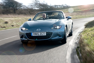 Mazda MX5 tracking shot Client-Sunday Times Driving